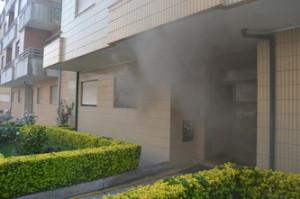 Incêndio em habitação de Rio Tinto / Foto de Ricardo Vieira Caldas