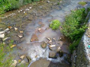 O rio Tinto voltou a receber descargas dos esgotos / Arquivo Vivacidade