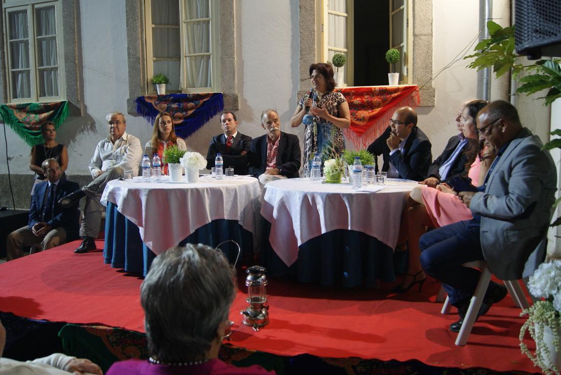 A sessão solene do 52.º aniversário contou com a representação do executivo municipal e da União de Freguesias de Fânzeres e S. Pedro da Cova / Foto: Pedro Santos Ferreira