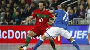 Ricardinho a representar a seleção nacional de futsal