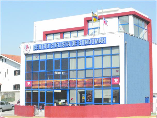Edifício sede do Centro Ciclista de Gondomar na Avenida da Conduta / Direitos Reservados