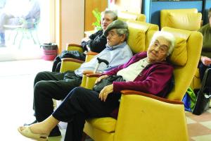 Apesar da falta de espaço o Centro de Convívio acolhe idosos diariamente/Foto: Ricardo Vieira Caldas