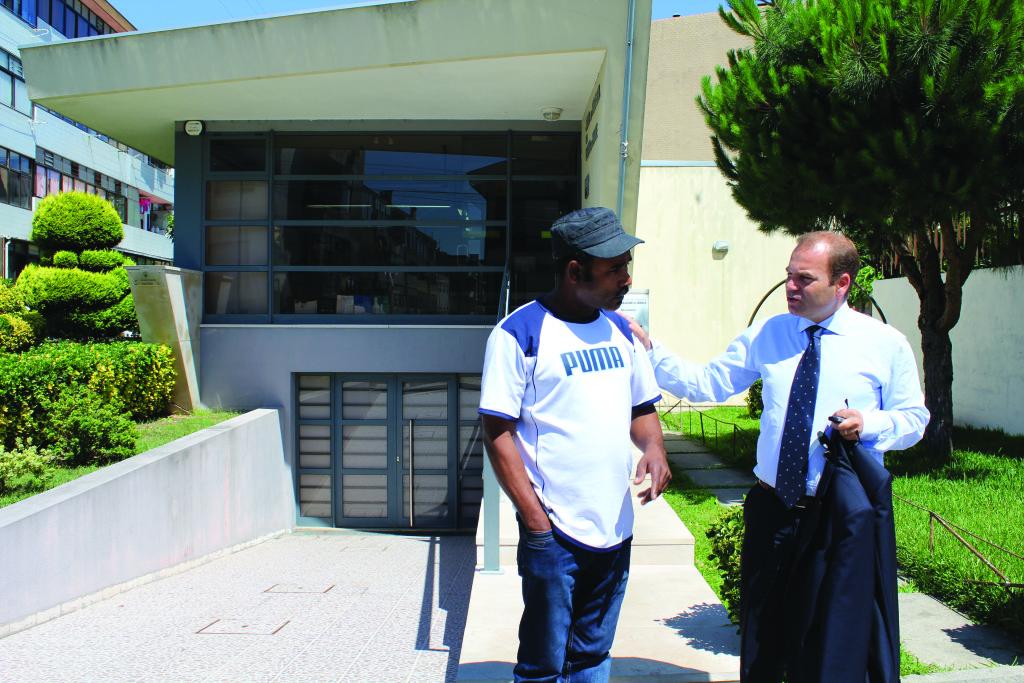 Nuno Coelho tem um bom relacionamento com os funcionários da Junta / Foto: Pedro Santos Ferreira