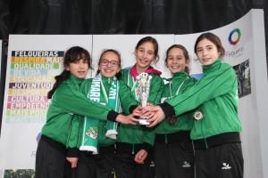 Equipa infantis femininas - Luz e Vida Gondomarense